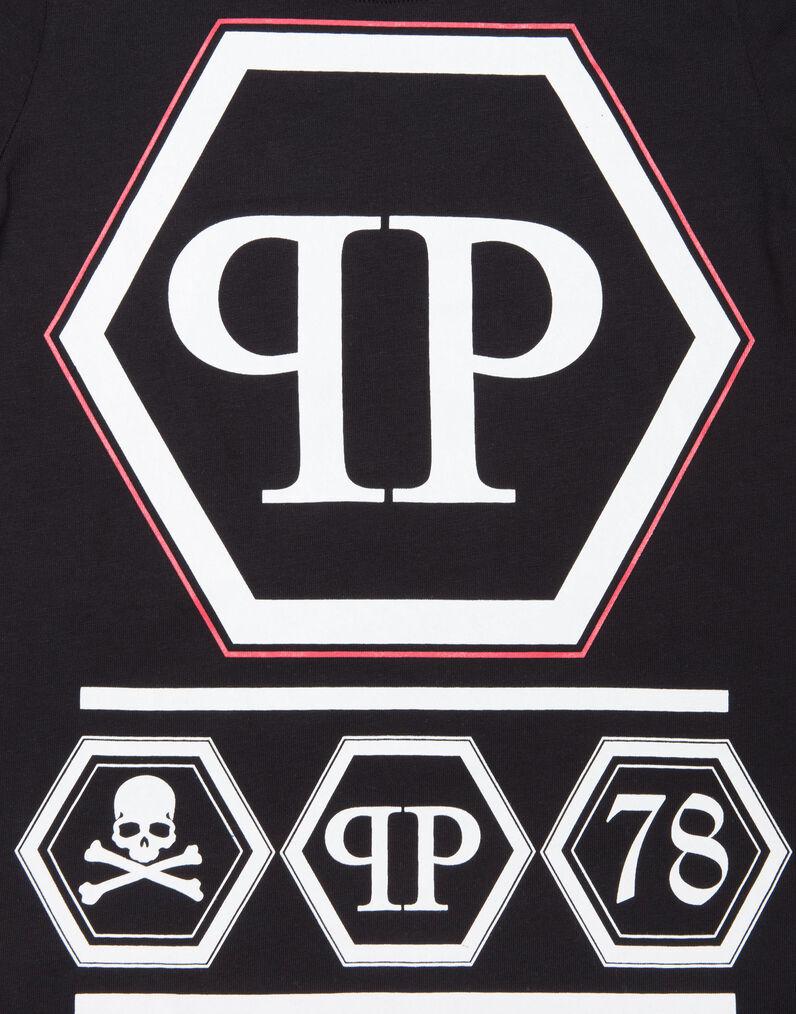 logo 标识 标志 设计 矢量 矢量图 素材 图标 796_1014 竖版 竖屏